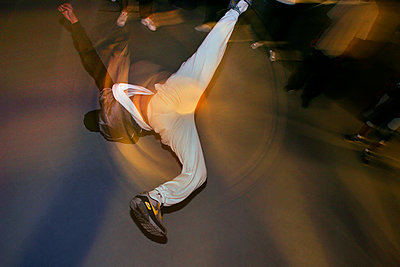 Breakdancer, Paris - p1028m2278984 by Jean Marmeisse