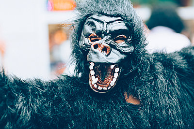 Gorilla Mask - p1076m911796 by TOBSN