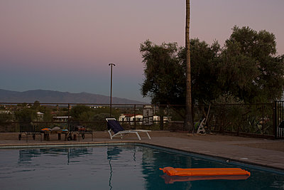Pool at dusk - p1291m1116148 by Marcus Bastel