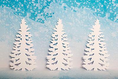 p451m2043643 by Anja Weber-Decker