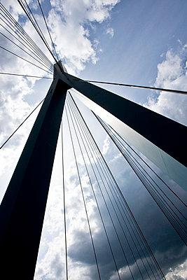 Brückenpfeiler - p4880155 von Bias