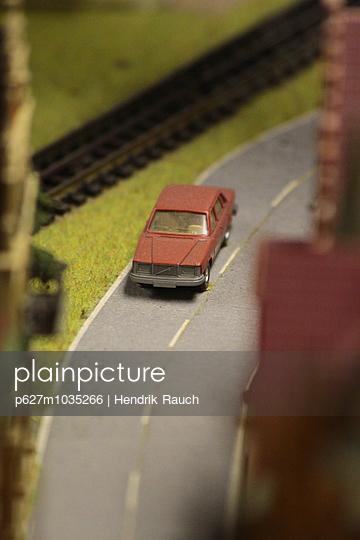 Model railway - p627m1035266 by Hendrik Rauch