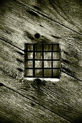 Gitterfenster - p3750606 von whatapicture