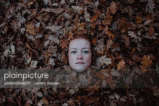 p045m2044010 by Jasmin Sander