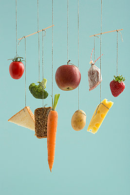 Ausgewogene Ernährung - p454m1030918 von Lubitz + Dorner