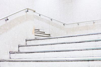 Staircase  - p579m2014834 by Yabo