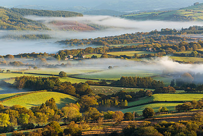 Misty valley in The Western Brecon Beacons National Park, Wales, United Kingdom - p651m2006902 by Peter Adams