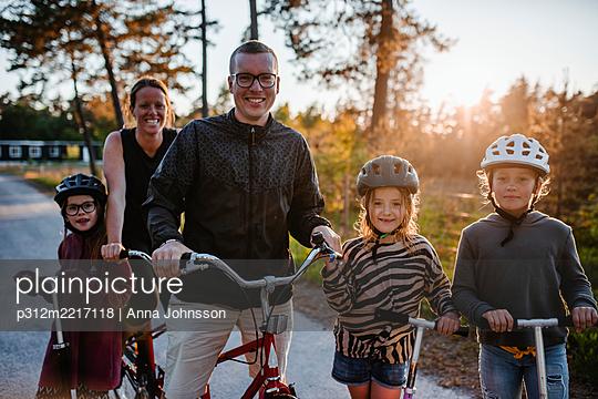 p312m2217118 von Anna Johnsson