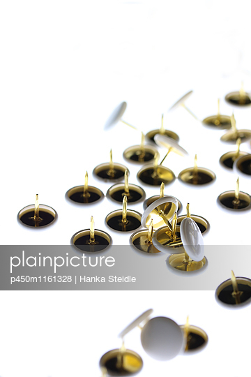 Thumbtacks - p450m1161328 by Hanka Steidle