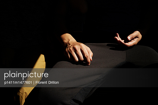 Hände - p1411m1477601 von Florent Drillon