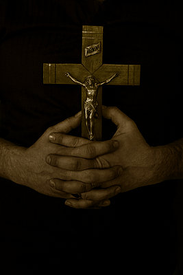 Praying hands - p1028m1034666 by Jean Marmeisse