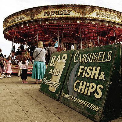 Karussell in Brighton - p9111288 von Floppy photography