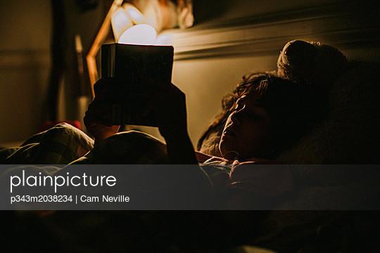 p343m2038234 von Cam Neville