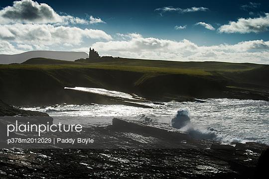 p378m2012029 von Paddy Boyle