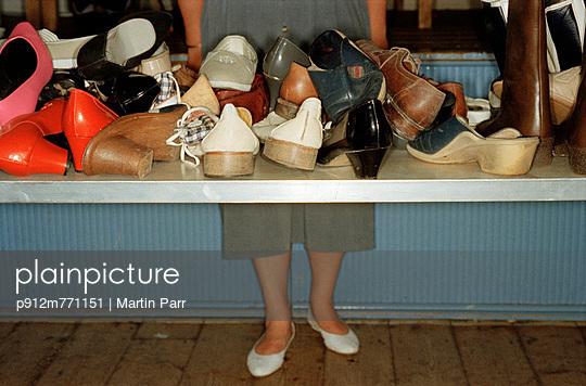 Jumble sale stand - p912m771151 by Martin Parr