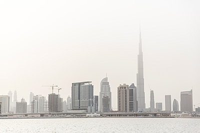Dubai Skyline with Burj Khalifa, Dubai, UAE - p429m974577 by Tim E White