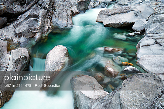 Verzasca River in the Swiss Alps, Ticino, Switzerland - p871m2111479 by Rudi Sebastian