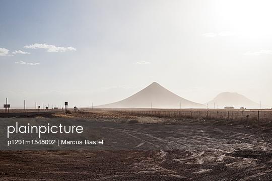 Sugarhill - p1291m1548092 by Marcus Bastel