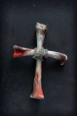 Cross of bones - p450m1564568 by Hanka Steidle
