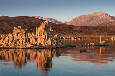 Dawn at Mono Lake, California, United States of America, North America - p871m947369 by Jean Brooks