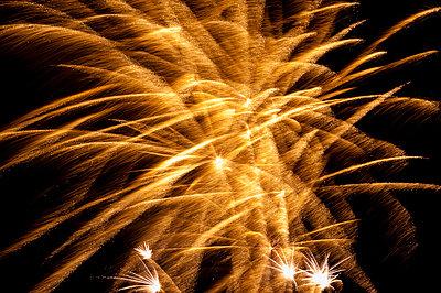 Feuerwerk - p220m853828 von Kai Jabs