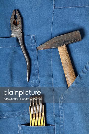 Werkzeuge in der Hosentasche - p4541030 von Lubitz + Dorner
