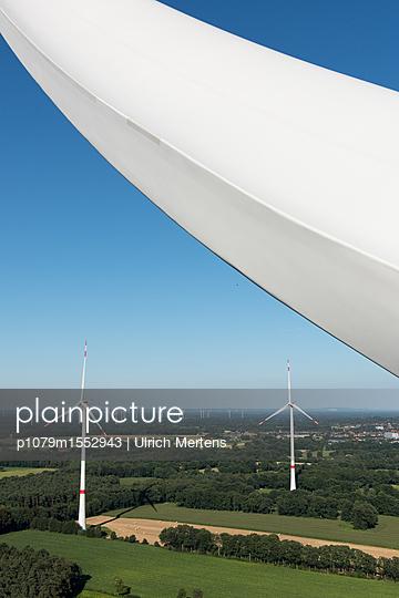 Windpark Hollich-Sellen - p1079m1552943 von Ulrich Mertens