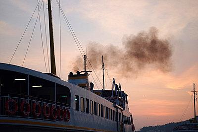 faehre auf dem bosporus - p6270039 von bobsairport