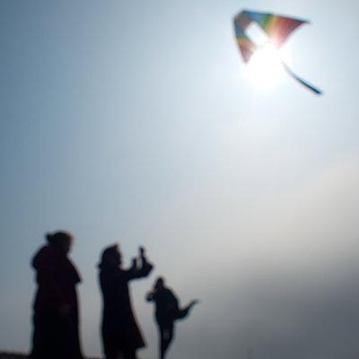 Kite - p927m1137511 by Florence Delahaye