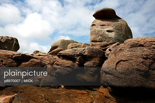 Steine an der Küste - p8970007 von MICK