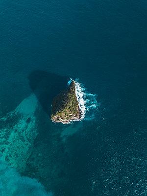 Rock in the sea - p1108m2090352 by trubavin