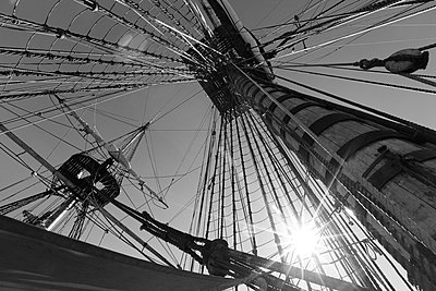 The wooden mast of a tall ship seen from below - p1072m1056690 by KuS