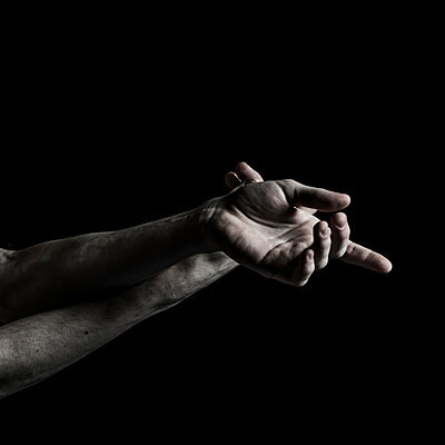 Ballet dancer, Hands - p1139m2210745 by Julien Benhamou