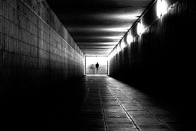 Am Ende des Tunnels - p1268m1084087 von Mastahkid