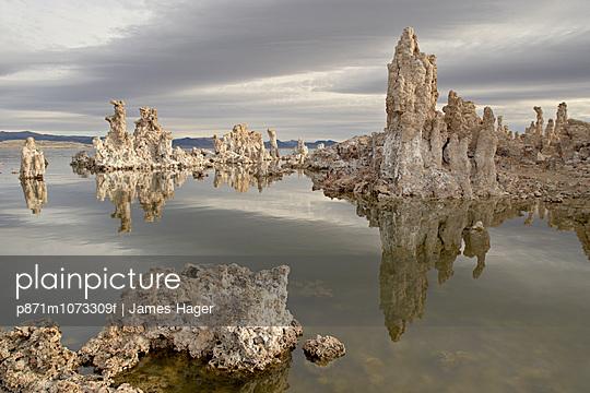 Tufa formations, Mono Lake, California, United States of America, North America
