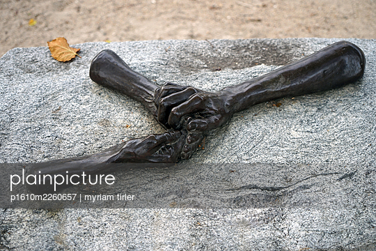 A sculpture of hands - p1610m2260657 by myriam tirler