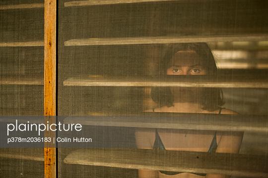 p378m2036183 von Colin Hutton