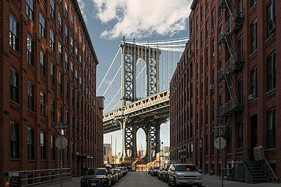 Brooklyn Bridge - p948m1113129 von Sibylle Pietrek