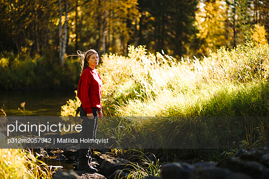 Woman in forest - p312m2057942 by Matilda Holmqvist