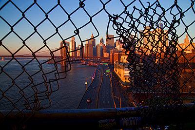 View from Manhattan Bridge - p1399m2065851 by Daniel Hischer