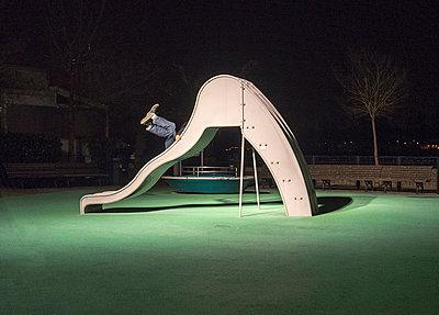 Playground - p1153m951513 by Michel Palourdiau