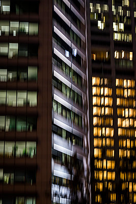 Office buildings at night - p1170m2045733 by Bjanka Kadic