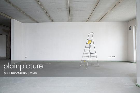p300m2214095 von MiJo