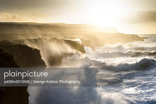 p429m2019345 von George Karbus Photography