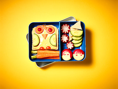 Lunch - p851m925222 by Lohfink