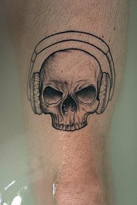 Totenkopf Tattoo - p1076m1123628 von TOBSN