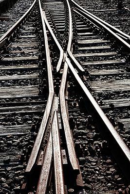Bahngleise - p1208m1007435 von Wisckow