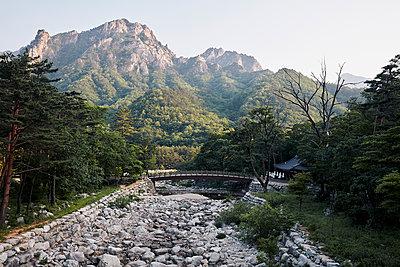 Korea, Sokcho, Seoraksan National park - p1492m2178674 by Leopold Fiala