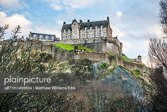 Edinburgh Castle, UNESCO World Heritage Site, Edinburgh, Scotland, United Kingdom, Europe - p871m1499834 by Matthew Williams-Ellis