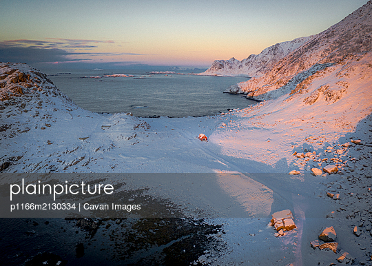 Stunning Norway - p1166m2130334 by Cavan Images